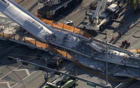 Bridge in Miami Collapses