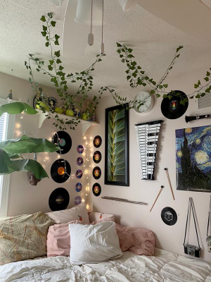Why You Should Decorate Your Room