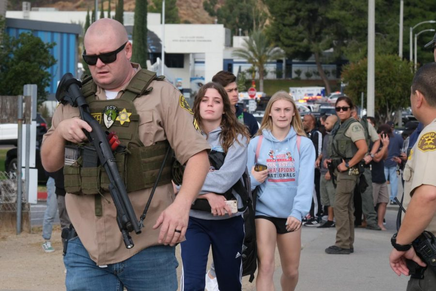 Sixth+Grade+Girl+Opens+Fire+at+Middle+School+in+Idaho%2C+Injuring+3